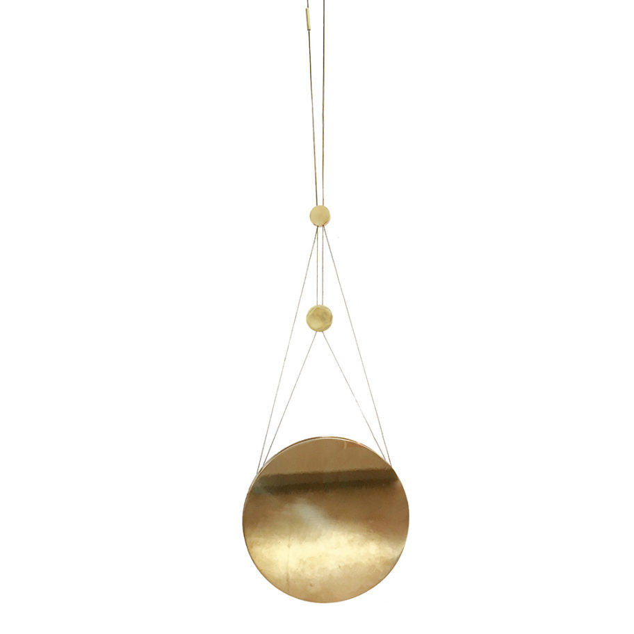 kaja-skytte-moon-brass-mobile-bryllupsgave-wedding present-konfirmationsgave-konfirmation-forårsdesign-sol-solskin-måneskin-arkitektdesign-massiv messing